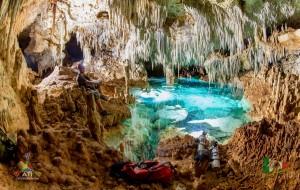 Leonardo's_Cave